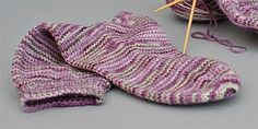 Basic knitted sock pattern - love the yarn that's used