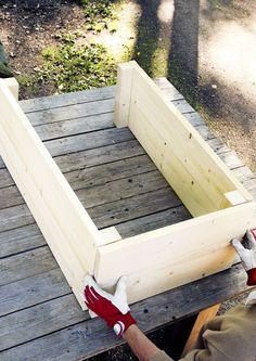 Jutta Terrasse Red Flower Garden – Garden Art Sculptures How to Car Garden Planters, Garden Art, Garden Design, Cedar Planters, Balcony Gardening, Garden Landscaping, Back Gardens, Outdoor Gardens, Wood Pallet Planters