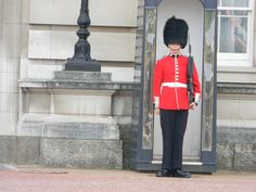 Buckingham Palace guards take their job seriously, despite hordes of tourists trying to catch their attention.