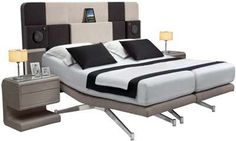 The i-Con is Designed for Those Obsessed with High-Tech Gadgets #bedroom #beds trendhunter.com