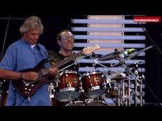 Vinnie Colaiuta - John McLaughlin - Gary Husband - Matthew Garrison: Maharina - YouTube