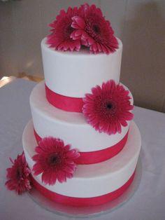 DAISY WEDDING CAKES | Gerber daisy wedding cake with yellow