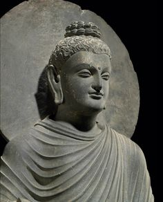 600-year-old Buddha statue has been discovered in a reservoir in east China