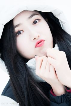 Photo album containing 8 pictures of SinB Kpop Girl Groups, Korean Girl Groups, Kpop Girls, Sinb Gfriend, Gfriend Sowon, 2018 Winter Olympics, G Friend, Music Photo, Korean Artist