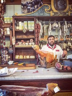 Norcia is the largest city in Umbria and considered the birthplace of charcuterie or, as the Italians say, salumi.