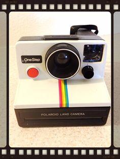 Vintage Polaroid Camera $25  I definitely want this for Christmas!