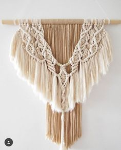 62 отметок «Нравится», 6 комментариев — Macrame • Amy Barker (@hitchandarrow) в Instagram: «Absolutely insanely beautiful fringe made with my Raw Cotton by the wonderful Anita from…»
