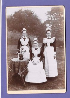 HOUSE MAIDS ORIGINAL VINTAGE OLD CABINET PHOTO AU | eBay