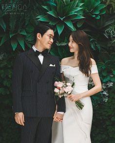 Penthouse Pictures, Kdrama, Korean Photoshoot, Photoshoot Ideas, New Korean Drama, Hyun Soo, Kim Young, Korean Girl Photo, Korean Wedding