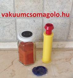 hogyan tároljuk a paprika port otthon csomósodás nélkül Hot Sauce Bottles, Food, Sous Vide, Hoods, Meals