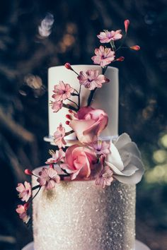 Look at the floral detail and that bit of sparkle! As seen on The Wedding Vault. Makeup and Hair (Styled Shoot Planner) Storme Webster, Storme Makeup Model Eve Ainsbury Venue Danesfield House Photographer Kitty Wheeler Shaw Designer Jessica Turner Designs  Jewellery and Hair Pieces Beverly Pile, PS With Love Florist Eram Khan, Boom Blooms Cake Kate Roche Lieberman, Dolce Lusso Cakes Stationery Holly Rees, Holly Rees London Tableware Daniela Johnston, Classic Crockery