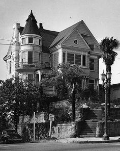 Hildreth Mansion - 357 South Hope Street  HildrethIII by molly_louvain, via Flickr