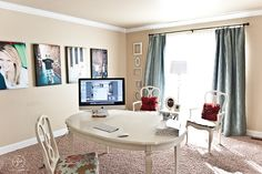 This looks like a small kitchen table used as a big desk - I like it!