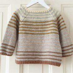 Ravelry: Striped Lama (ENG) pattern by PixenDk Baby Knitting Patterns, Baby Sweater Patterns, Knit Baby Sweaters, Baby Sweater Knitting Pattern, Knitting For Kids, Baby Patterns, Baby Knits, Pullover Sweaters, Sewing Patterns
