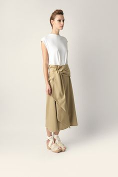 Maxi skirt Malloni with waist belt and one pocket. Made of stretch cotton, it fits comfortable and wide.