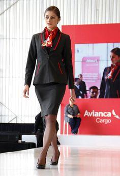 SERVICIO AL PASAJERO FEMEMNA                                                                                                                                                                                 もっと見る