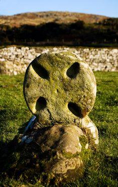 Viking-age headstone, St Blane's Chapel, near Kingarth, Ireland Vikings, Statues, Mystique, Viking Age, Ancient History, Archaeology, Scandinavian, Medieval, Old Things