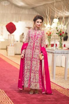 Why should you opt for boutique dresses? Beautiful Suit, Beautiful Dresses, Pakistani Outfits, Indian Outfits, Boutique Dresses, Fashion Boutique, Pakistani Boutique, Dresser, Queen Fashion