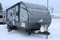 2017 Catalina SBX 291QBS by Coachmen. For more photos, details and pricing click the link below.