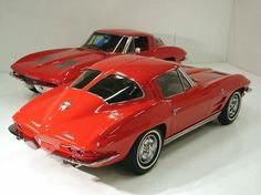 1963 Corvettes. Love the split window vets