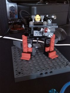 robot explorer machine