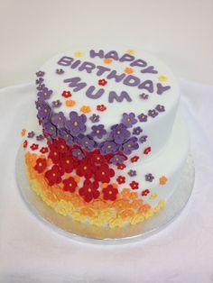 2 tiered flower cake Flower Cakes, Birthday Cake, Desserts, Food, Tailgate Desserts, Birthday Cakes, Meal, Deserts, Essen