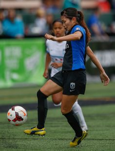 Nahomi Kawasumi Pictures - Chicago Red Stars v Seattle Reign FC ...
