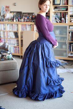 Maternity costume ideas: Steampunk – Brenna