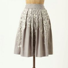 "Anthropologie Hanging Wisteria Skirt Bright white petal-and-vine embroidery spills from the waist of Meadow Rue's crisply pleated poplin skirt. Fits True to size. Great year round skirt!   Side pockets Side zip Cotton Machine wash Regular: 23.25""L Anthropologie Skirts A-Line or Full"