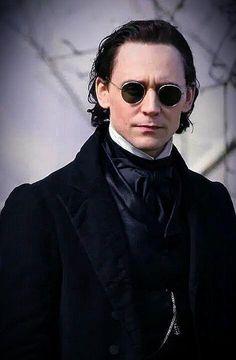 Tom Hiddleston in Crimson Peak, 2015.