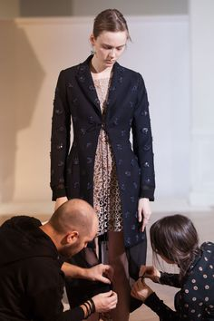 88bedb27cc Le savoir-faire Christian Dior haute couture