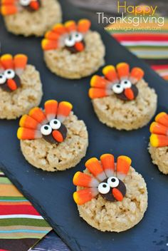 Turkey Rice Krispie Treats decorated for Thanksgiving! Easy dessert that kids can help make! #blogherholidays
