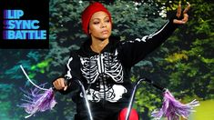 Stressed out over the end of summer and return of a full workload at school? Zoe Saldana has got your back! Watch Zoe Saldana's surprising Round 1 performanc. Lip Sync Battle, Zoe Saldana, Popular Music, Twenty One Pilots, True Beauty, Picture Show, The Twenties, Afro, Actresses