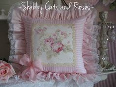 Beautiful! Romantic Rose Bouquet Accent Pillow~Vintage French Pink Ribbon~Lace Trim