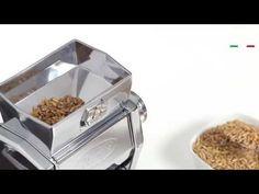 #MargaMulino di #Marcato è l'unica #macchina con la quale puoi preparare in pochi minuti sia #fiocchi che #farina di #cereali. Puoi utilizzarla sia per i grani teneri come #Avena, #Orzo, #Segale, #GranoTenero che per i grani duri, come #Farro, #Kamut, #Riso e #GranoSaraceno. E' l'unico #prodotto che ti permette di consumare fiocchi freschi a #colazione. http://www.cucinaincasa.com/it/marcato-macina-cereali-marga-mulino-4293.html