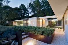 Shulman Home & Studio by Raphael Soriano/Lorcan O'Herlihy Architects