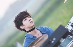 •dowoon with a choker is beautiful•
