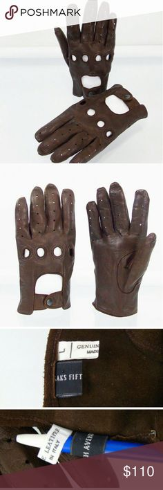 Saks Fifth Avenue Italian Chauffeur Auto Gloves Saks Fifth Avenue Italian Lambskin Leather Driving Chauffeur Gloves . Vent and Knuckle Holes , Snap Closure on Back, Auto Gloves . Made In Italy of the Finest Lambskin Leather. Brown, Unlined , Size Large. Authentic Saks Fifth Avenue Product . Saks Fifth Avenue Accessories Gloves