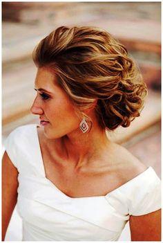 Pretty style for short to medium length hair.