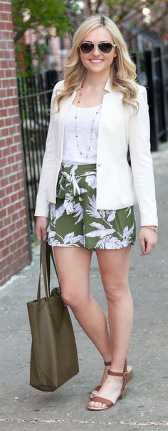 printed shorts white blazer  #printedshorts #outfit #newyork #american #summer #fashiondesigner #designer #street #streetoutfit #summeroutfits #outfit #outfitmagazine #outfitmag #fashion #style #streetfashion #outfitideas #dailyoutfitideas #ootd #outfitoftheday #beauty #fashionblogger #blogger