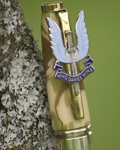 "Close up of flaming Excalibur SAS insigia and motto ""Who Dares Wins"" on pen clip of .338 Lapua Magnum Pen by www.pomd.co.uk"