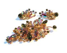 1950s WEISS brooch and earrings set