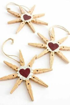 45 Amazing Christmas Craft For Kid Design Ideas - Weihnachten - Noel Christmas Crafts For Kids, Homemade Christmas, Christmas Projects, Simple Christmas, Holiday Crafts, Christmas Stars, Snowflake Ornaments, Diy Christmas Ornaments, Christmas Gifts