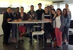 Studierende des B.A. Medien- und Eventmanagement besuchten mit Dozent Marco Reuschel den Hostinganbieter Host Europe. Im Rahmen des Faches Medientechnologie bekamen sie exklusive Einblicke in das Hightech-Rechenzentrum des Webhosting-Unternehmens.