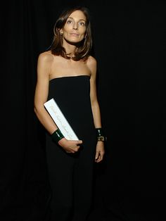Phoebe Philo for Celine at The British Fashion Awards 2010 Celine, British Fashion Awards, Phoebe Philo, Style And Grace, Easy Wear, Timeless Fashion, French Fashion, Fashion Books, Fashion Editor