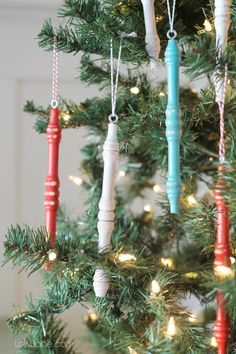Easy wood spindle ornaments from an old chair! #americanamultisurface