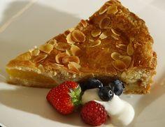 Sour Cream and Raisin Pie Oreo, Candy Shop, No Cook Meals, Raisin, Sour Cream, Apple Pie, Blueberry, Strawberry, Baking