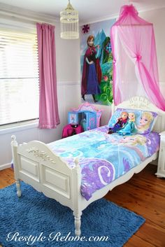 in the Entryway and Entry Table Makeover Restyle Relove: Little Girls Frozen BedroomRestyle Relove: Little Girls Frozen Bedroom Frozen Room Decor, Frozen Girls Room, Frozen Bedroom, Frozen Kids, Bedroom Themes, Girls Bedroom, Bedroom Decor, Bedroom Ideas, Daughters Room