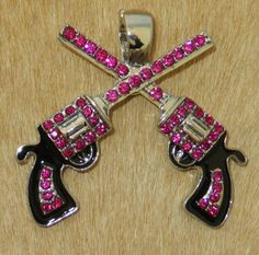 COWGIRL BLING Western Pistols GUNS HOT PINK Rhinestones Six Shooters Pendant BAHA RANCH WESTERN WEAR EBAY SELLER ID SOLOEDITION