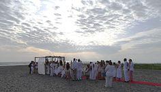 Somos #PlayasEventos la mejor opción para tu Boda al pie del mar #bodas #eventos #playas #Ecuador #fiestas #matrimonios #bride #novias #miboda #tuboda  Contactos: 09-99482948(WhatsApp) - 5024726. Reserve AQUÍ: info@playaseventos.com.ec